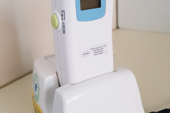 Neues Projekt Transkutane Bilirubin-Messgeräte für die Neonatologie